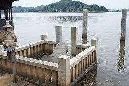 009亀石神社